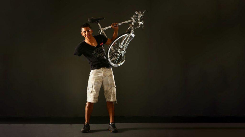 argo-seguros-sponsors-paracyclist-bicycle-insurance