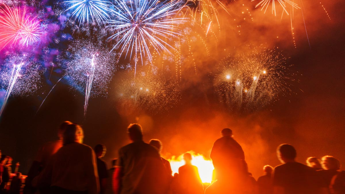 5 Rules to Minimize Risks from Fireworks Displays